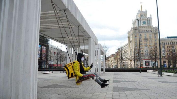 Каждый пятый россиянин смотрит на 2021 год с тревогой – соцопрос