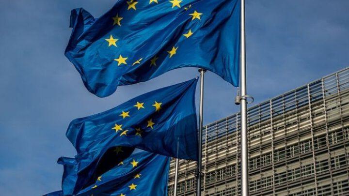 Почему ФРГ не призывает Еврокомиссию начать закупку «Спутника V»
