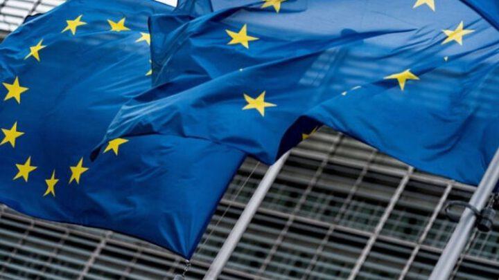 «Спутник V». Пропаганда пишет, что Европа попрошайничает перед Россией. Эксклюзив