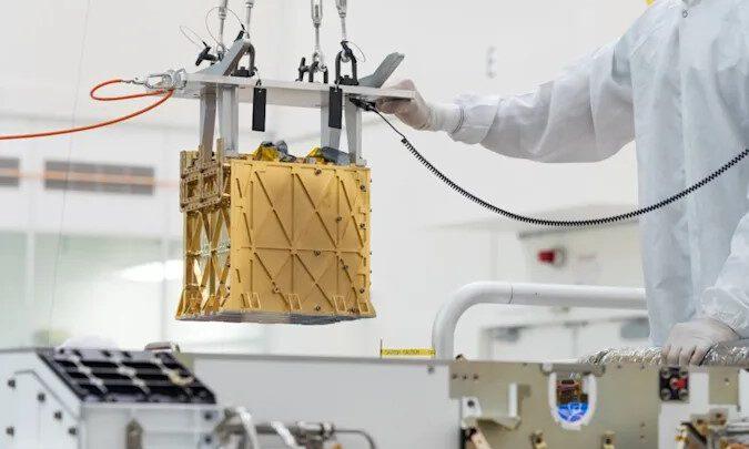 Марсоход НАСА Perseverance превращает крошечное количество марсианского воздуха в пригодный для дыхания кислород