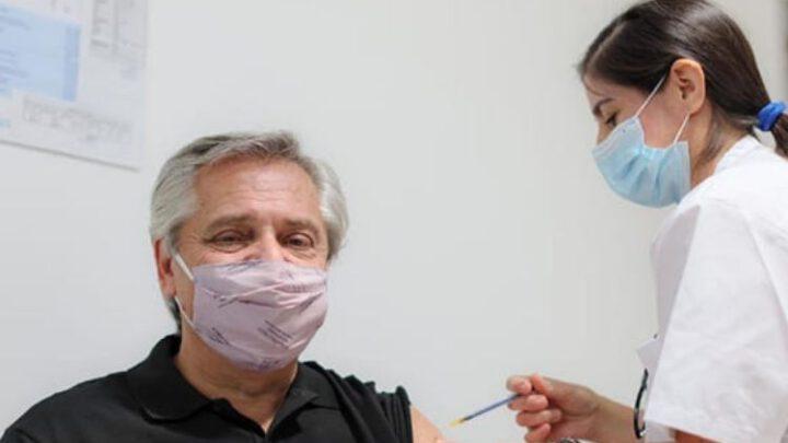 Привитый «Спутником V» президент Аргентины заболел коронавирусом