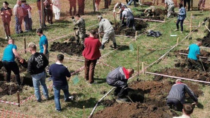 В России провели чемпионат по скоростному копанию могил