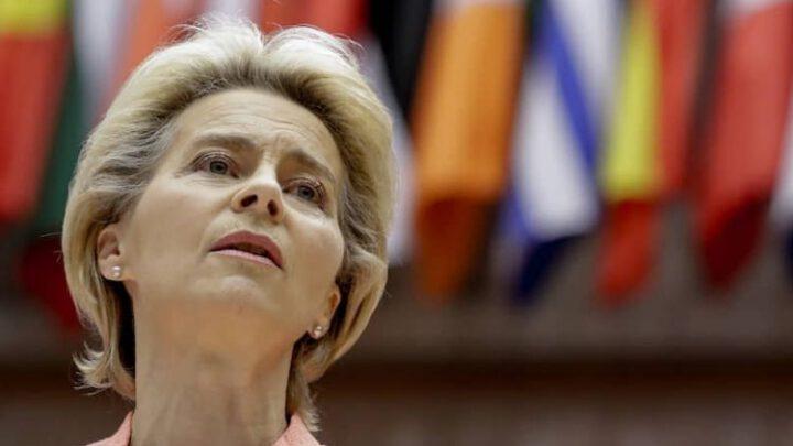 Глава Еврокомиссии не видит позитивных сдвигов в действиях России в отношении ЕС