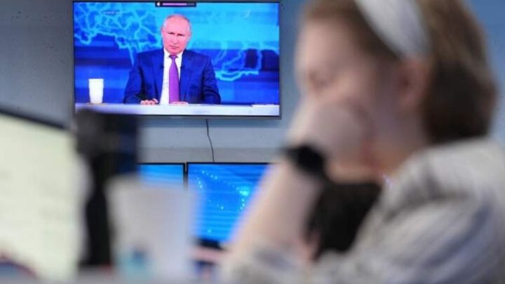 Почему Путин не рассказал на прямой линии о провале «Спутника V» и вакцинации в России