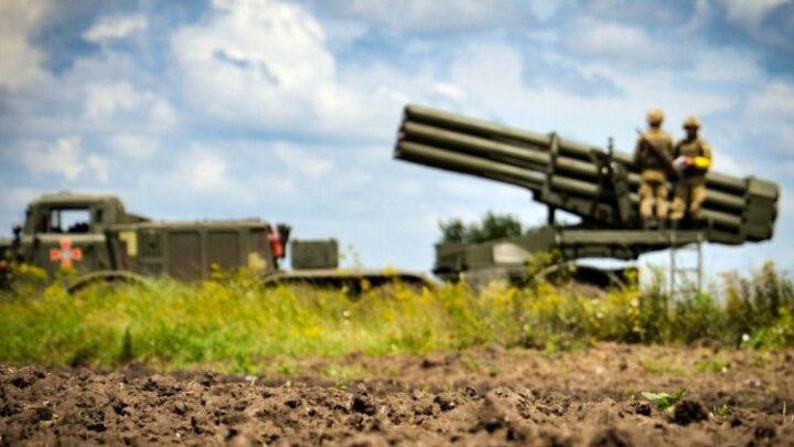 Командно-штабні тренування з бойовою стрільбою провели артилеристи Командування морської піхоти