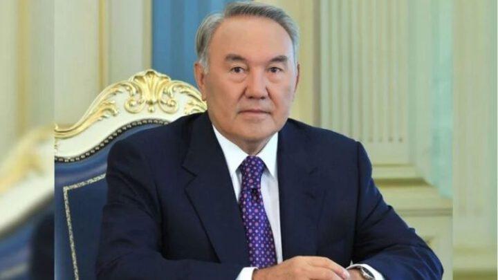 Для чего первый президент Казахстана приехал в Москву