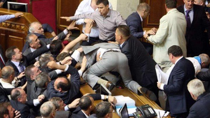 Ідіотизм чи сепаратизм? Законопроект 4298 як нова атака на місцеве самоврядування. Ексклюзив