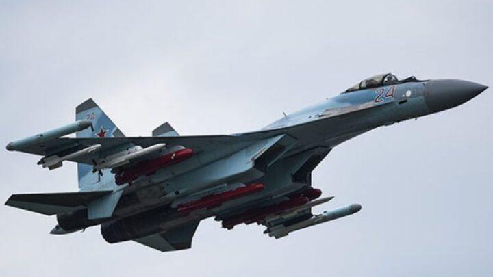 Российский истребитель Су-35 упал в Охотское море