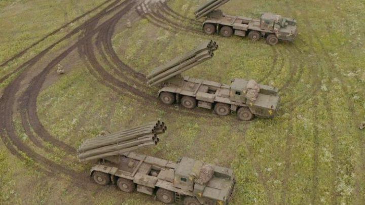 Українські РСЗВ «Смерч» тренувалися знищувати позиції російської авіації та БПЛА