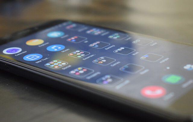 Xiaomi впервые обгоняет Apple в качестве производителя смартфонов