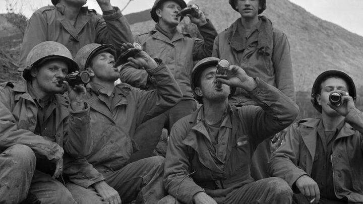 """Легендарный советский генерал и секретный заказ на особый сорт """"Кока-Колы"""""""