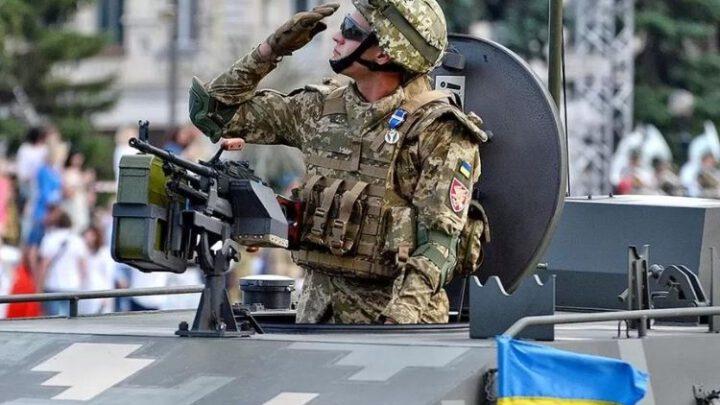 Каждый День Независимости Украины это напоминание России, о её позоре и никчёмности
