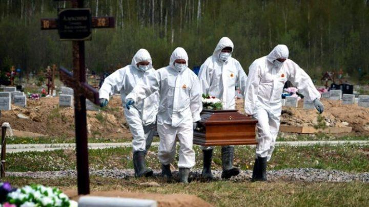 Пожилые люди в России умирают в ускоренном темпе