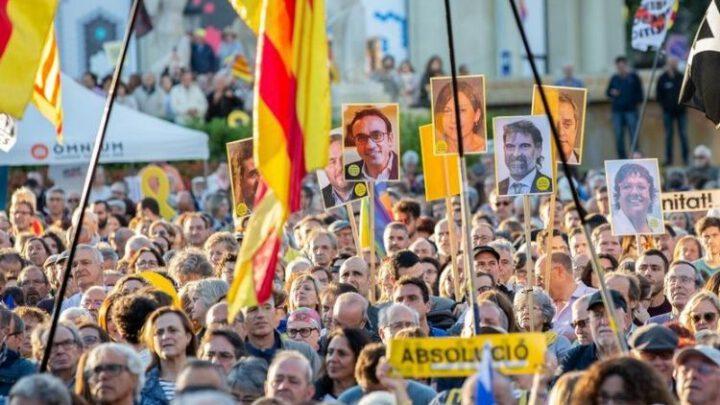 Сепаратисты Каталонии могли сотрудничать с российскими спецслужбами – СМИ