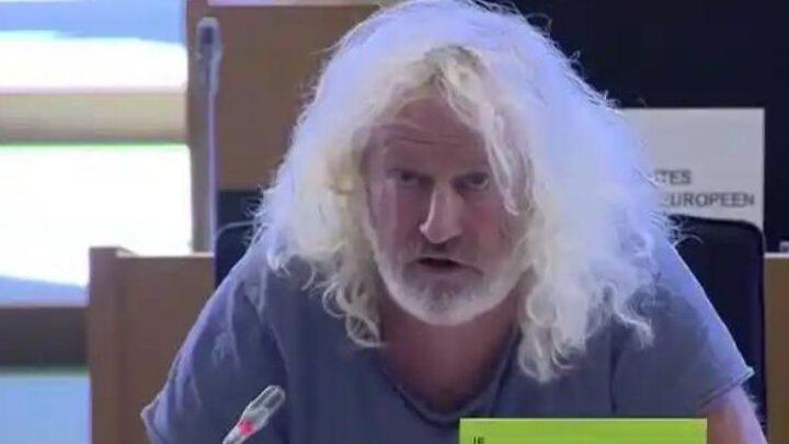 Роспропаганда в Украине заручилась поддержкой евродепутата с сомнительной репутацией