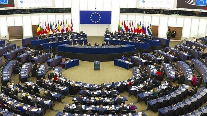 В Брюсселе не хотят признавать выборы в Госдуму РФ