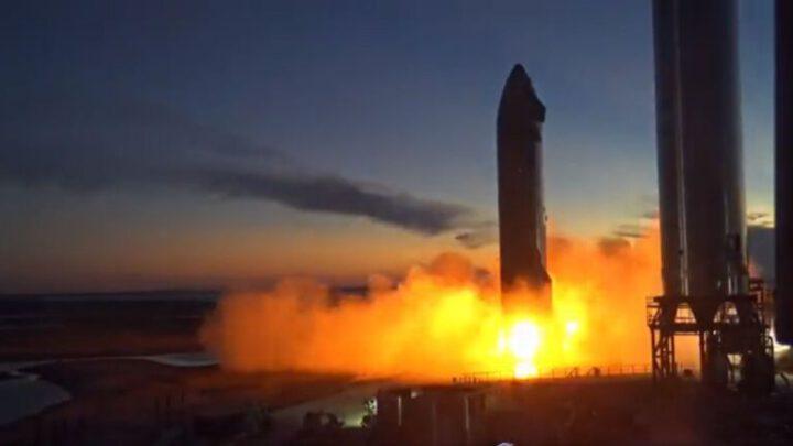 Как SpaceX без взрыва зажгла новый двигатель Raptor на космическом корабле